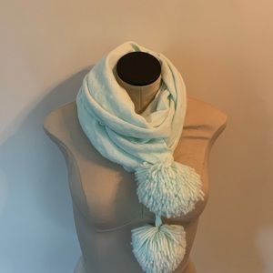 juicy couture scarf.  warm. cute.